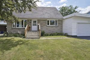 39 Forest Rd, Ajax