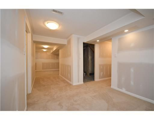 Listing 969444 - Thumbmnail Photo # 21