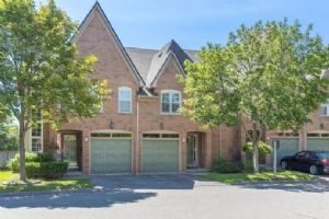 1064 Queen St W, Mississauga