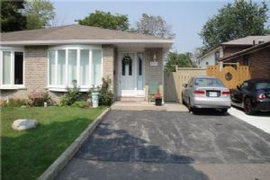 989 Blairholm Ave, Mississauga