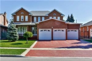 43 Marconi Ave, Vaughan