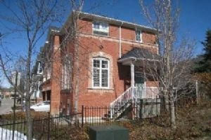 5031 East Mill Rd, Mississauga