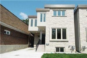 240 Lumsden Ave, Toronto