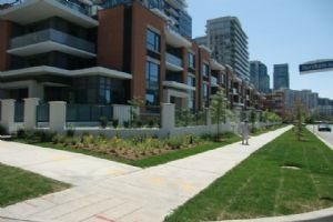 369 Beecroft Rd, Toronto