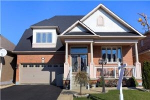 357 Queen Mary Dr, Brampton