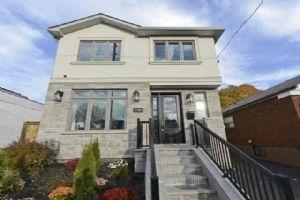 1161 Woodbine Ave, Toronto