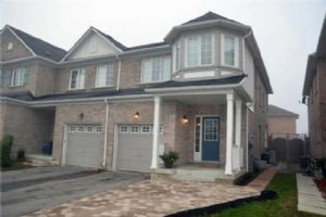 123 Lowther Ave, Richmond Hill