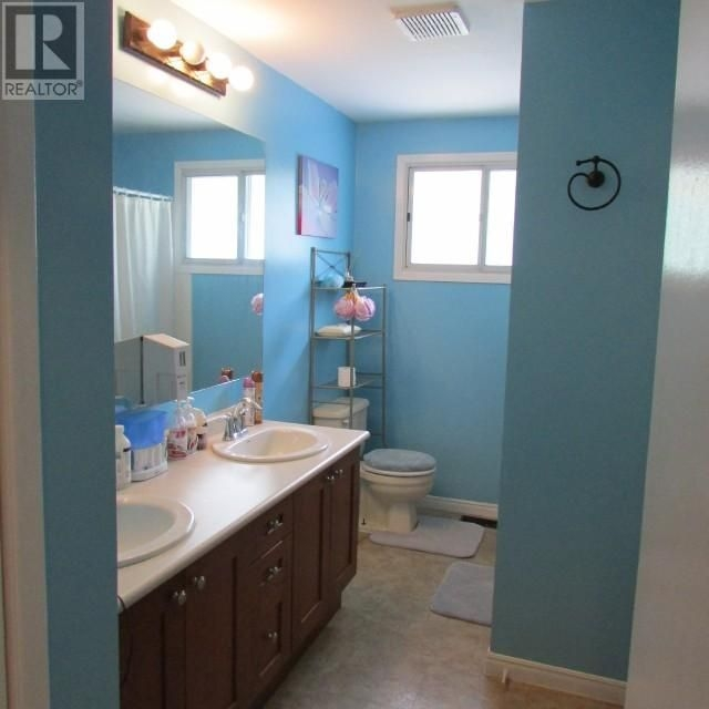 Listing 1552644 - Thumbmnail Photo # 12