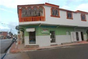 63 R Paulino St, Dominican