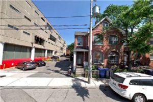 514 Adelaide St W, Toronto