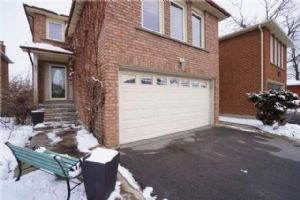 6695 Harlow Rd W, Mississauga