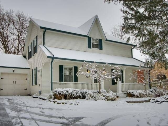 331 Queen St S Mls 174 W3412945 See This Detached