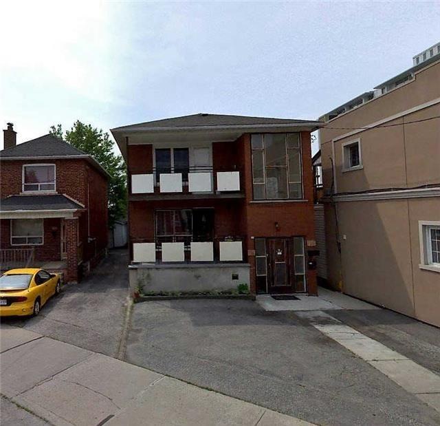 Bungalow Homes For Sale In Brampton: 728 Vaughan Rd, (MLS® #: C3415235)