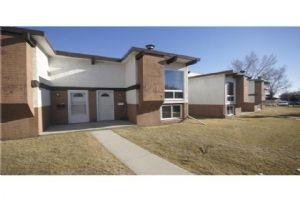 425 PINEMONT GA NE, Calgary