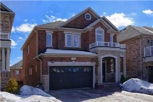 322 Golden Orchard Rd, Vaughan