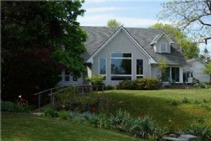 170 Lakeshore Rd, Fort Erie