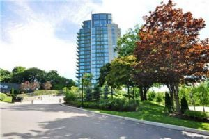 1665 The Collegeway, Mississauga
